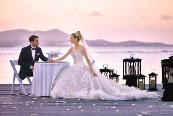 How Modern Wedding Dresses Are Inspiring People